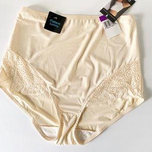 NWT Bali's Nude Color Tummy Control Brief Size XXL
